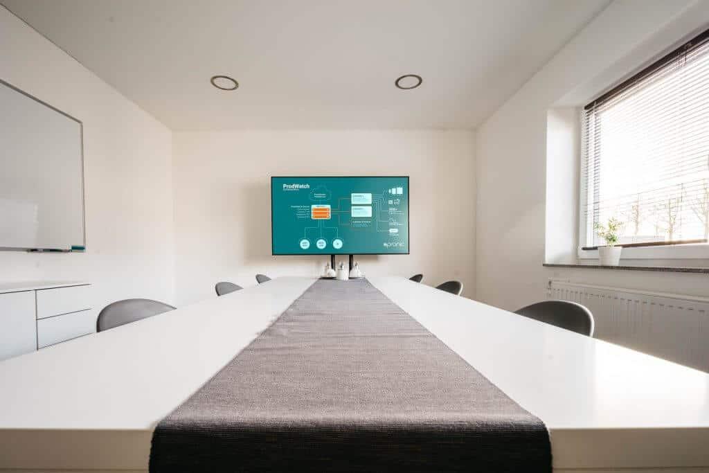 apronic GmbH - Andon Systeme Produktionsdatenerfassung Werkerführung Systemtechnik